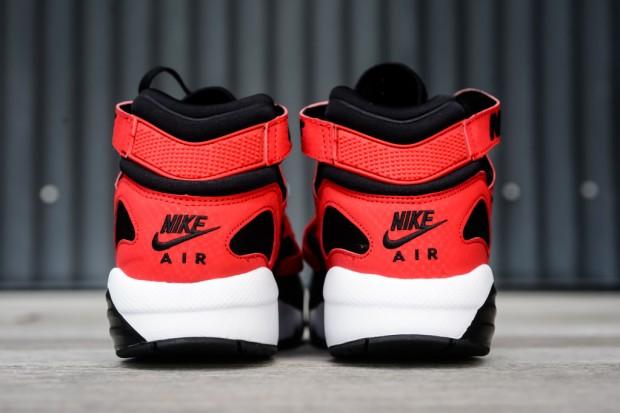 Niek_Air_Max_Trainer_91_BRED_Sneaker_Politics_4_1024x1024 10:10