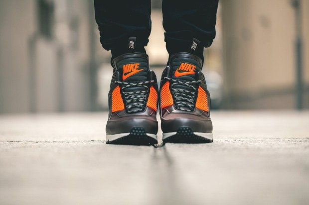 Nike-2014-Holiday-Air-Max-90-Sneakerboot-2-1024x682 10:10