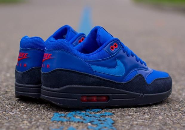 nike-air-max-1-fb-photo-blue-obsidian-red-bone-03 10:28