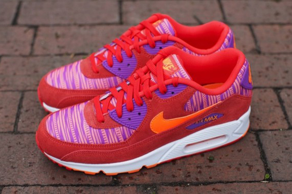 Nike-Air-Max-90-Light-Crimson-Total-Orange-Laser-Purple 5:18