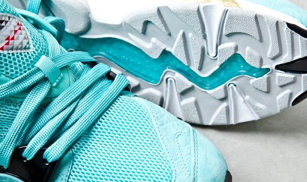 sharkbait-sneaker-freaker-blaze-of-glory
