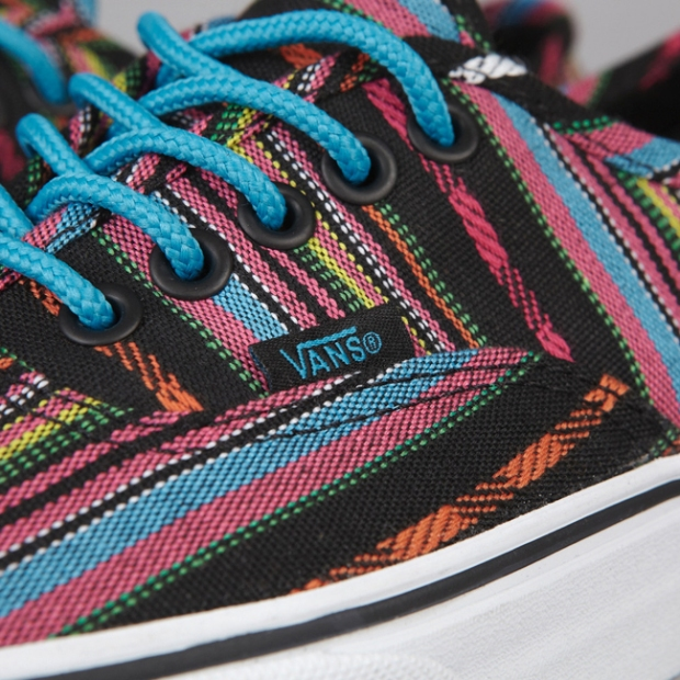vans-authentic-guate-stripe-black_2