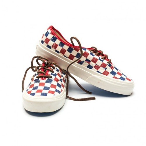 vans-california-authentic-checker-true-blue-red-3-570x570