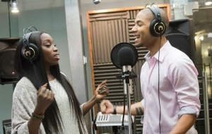 Source: http://www.thisisrnb.com/2015/03/listen-estelle-teams-up-with-empires-jussie-smollett-on-conqueror-duet/